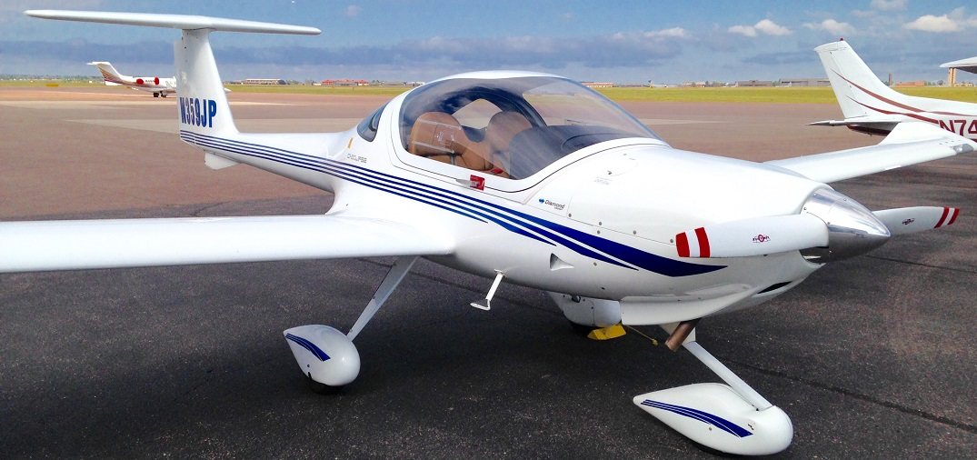 2004 Diamond DA-20 N359JP::Rental rate per hour $ 125 (cash) / $ 130 (credit)